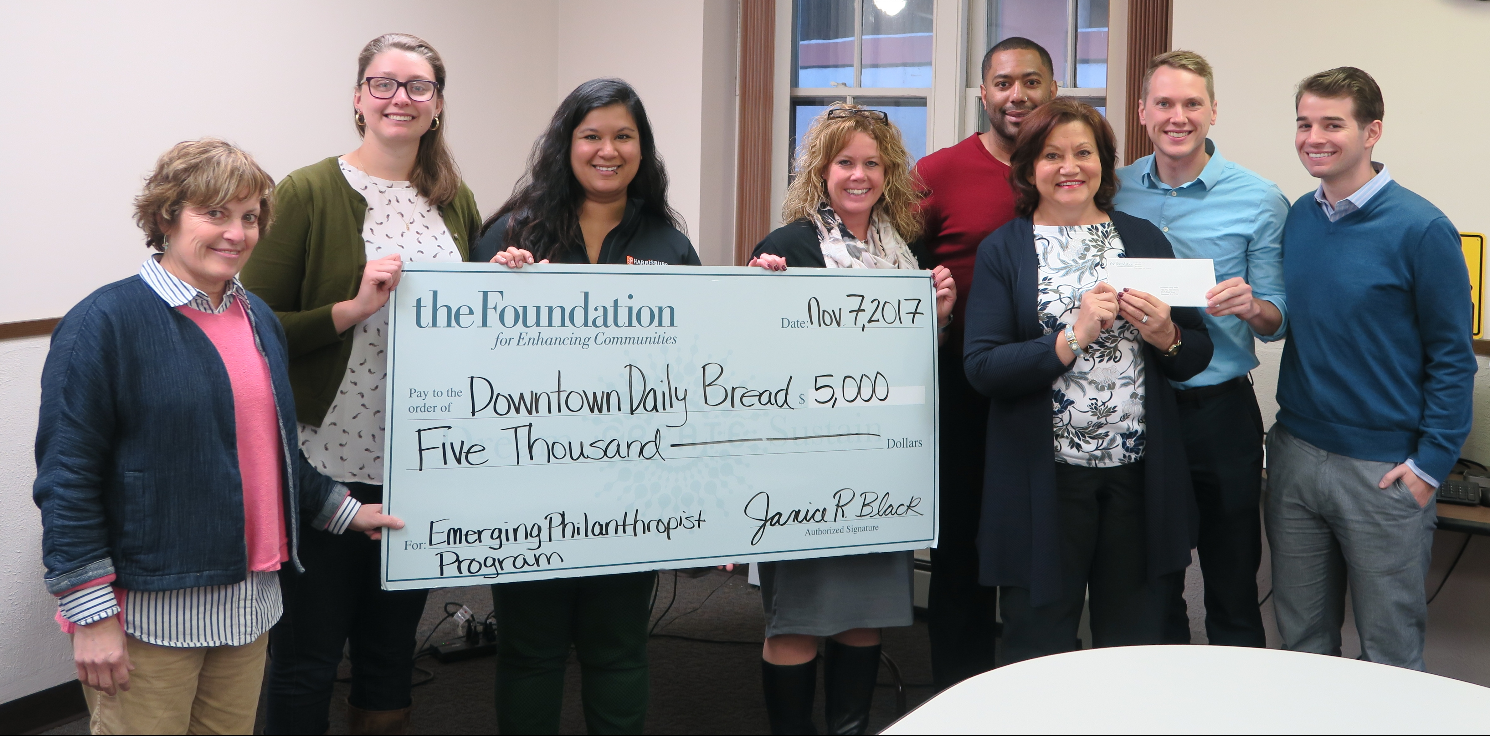Emerging Philanthropist Program Awards $5,000 to Downtown Daily Bread
